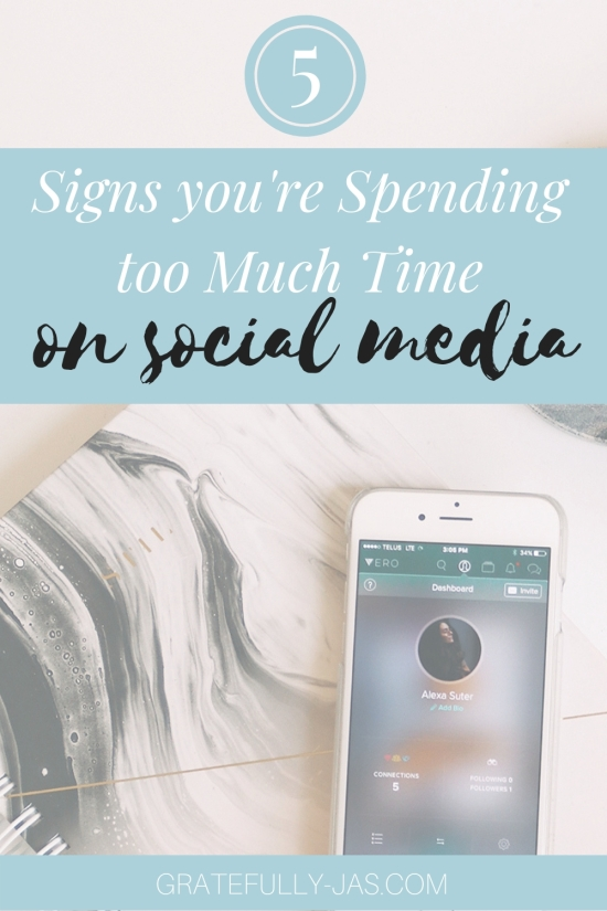 Ideal Pinterest Graphic- Large_ 5 Signs You're Spending Too Much Time Social Media